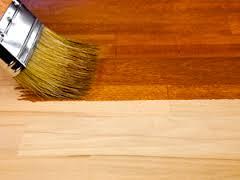 Как выбрать краску для деревянного пола