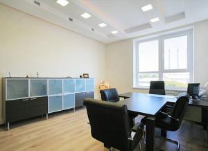 Как бюджетно отремонтировать офис?
